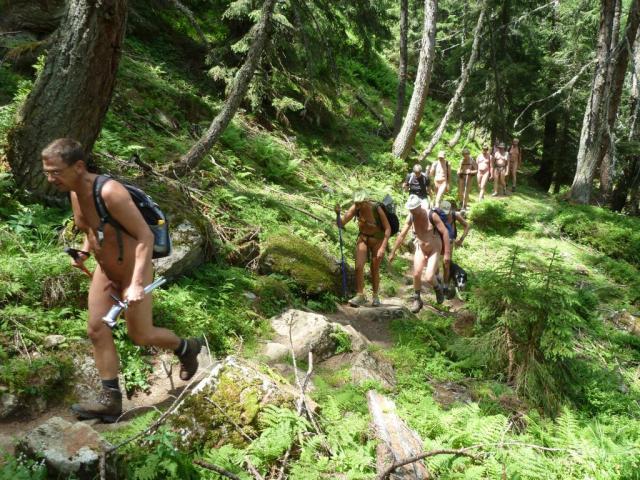 Escursione nudista