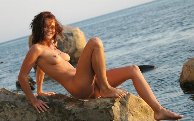 E' bello stare nudi