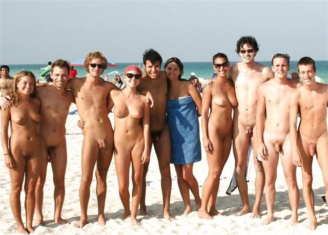 Amici nudisti