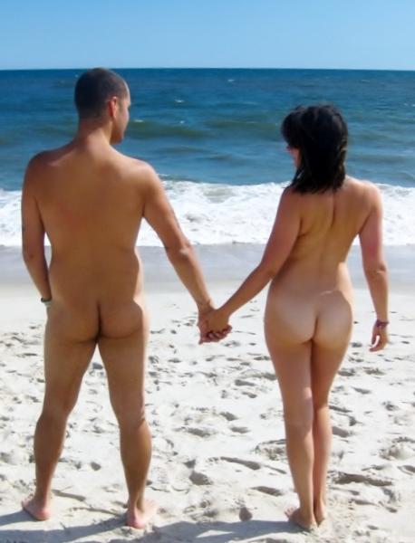 Vivere insieme nudi