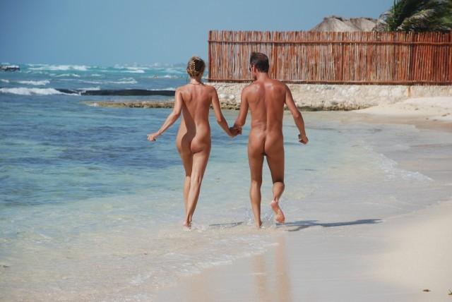 Stare nudi è naturale