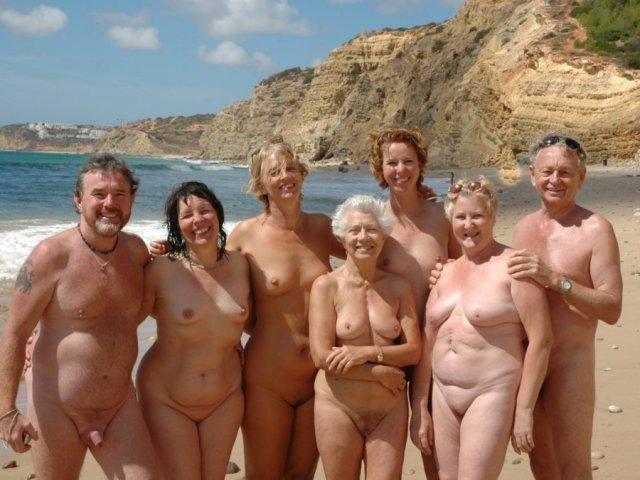 Nudismo è gioia