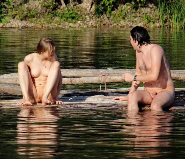 Nudità e organi genitali