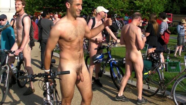 Non più vergogna della nudità