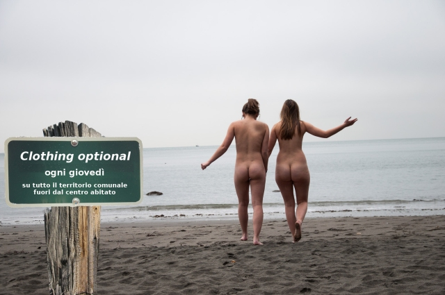 Una proposta di clothing optional